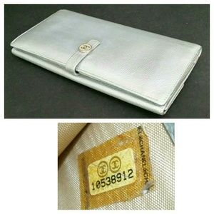 Authentic CHANEL Caviar Long Leather Wallet
